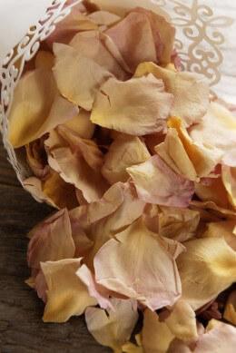 Rose Petals Sumptuous Romance 5 Cups