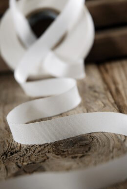 "100% Silk Ribbon White  1/2"" x 38 yds, Earth Silk"