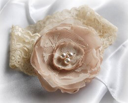 Rose Wedding Garter Champagne