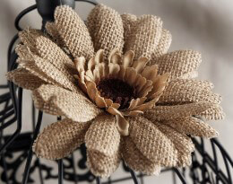 Burlap Gerbera Daisy with Clip 5in