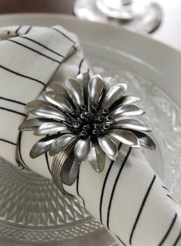 Flower Napkin Rings Pack of 4