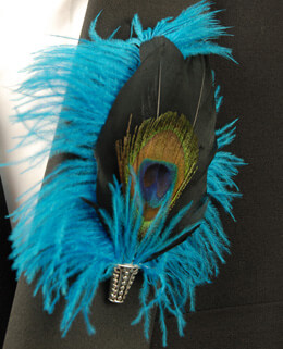 Peacock Feather Boutonniere 5in