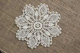 Darice Pineapple Crochet Doilies - Ecru 6in (pack of 12)