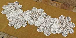 Darice Pineapple Crochet Doilies - White 6-7in (pack of 12)