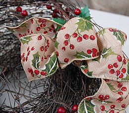 "Holiday Ribbon Holly Print - Wired 2.5"" (24' spool)"