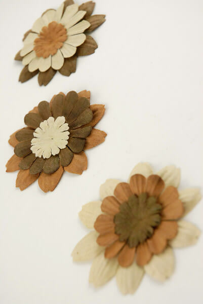 Zinnia Paper Petal Flowers Brown & Beige (32 flowers)