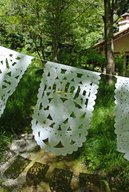 Papel Picado Banner Amor Medium