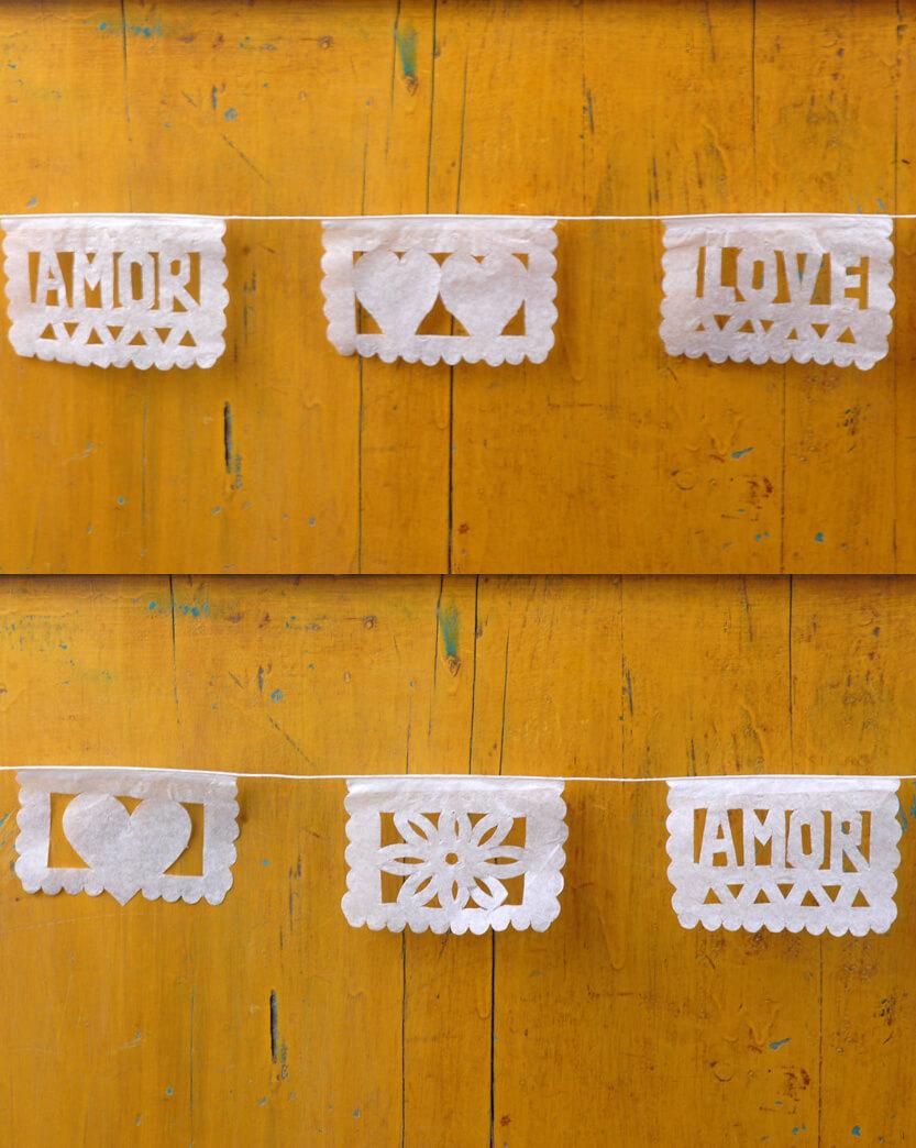 "Papel Picado Banners Amor Mini 36"""