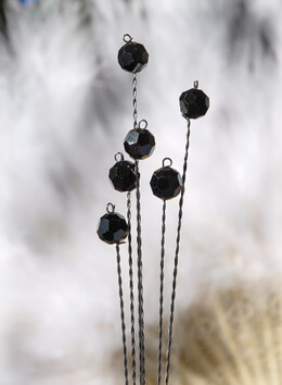 Aphiria Crystal Stems Jet Black 6 wires