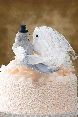 Artificial Birds Bride & Groom Gray Linen