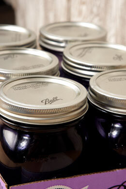 Ball Mason Jars (6 jars) Purple Quart Wide Mouth, Heritage Collection