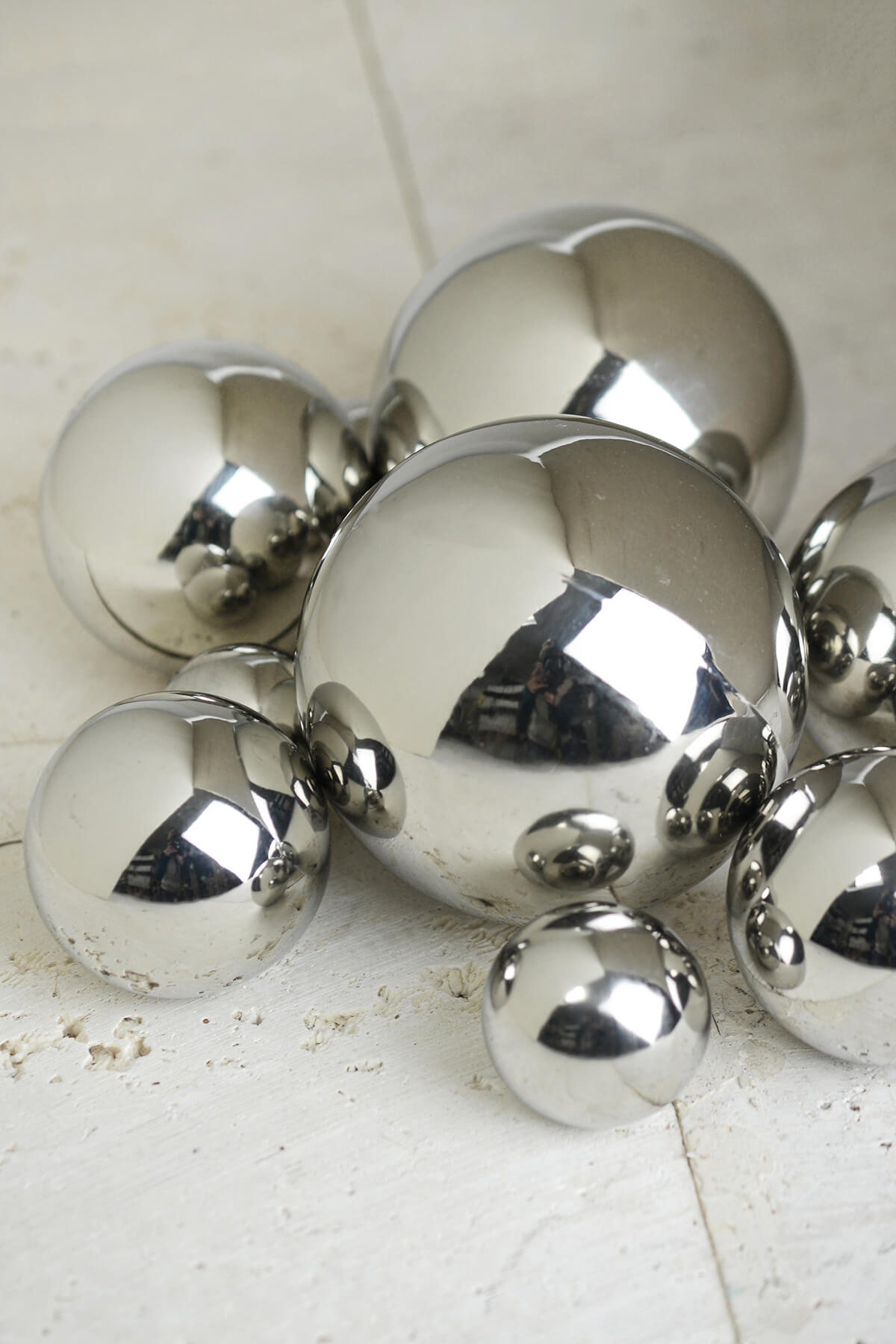 Abbott steel decorative balls