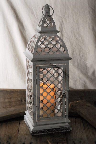 Antiqued Metal Lantern White 21in With Remote