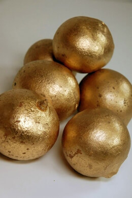 6 Decorative Belani Balls Gold