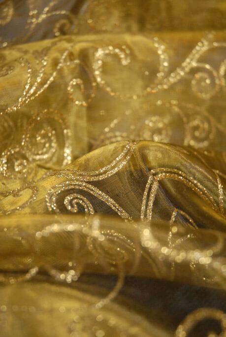 "Le Sheer Gold Glitter Swirl Fabric 25"" Width x 3 Yds"
