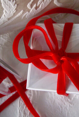 """Red Italian DF Velvet Ribbon 3/8"""" width 11.5 feet"""
