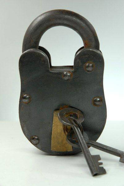 Vintage Brass Padlock and Skeleton Keys 5in