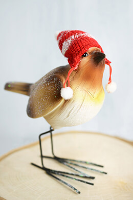 Christmas Mantel Bird With Knitted Hat