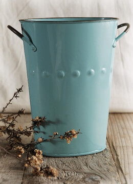 Flower Market Bucket Blue 7in