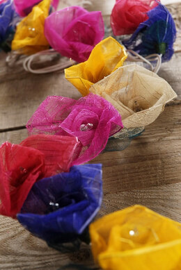 Rose String Lights with Bhodi Leaves | Multicolor