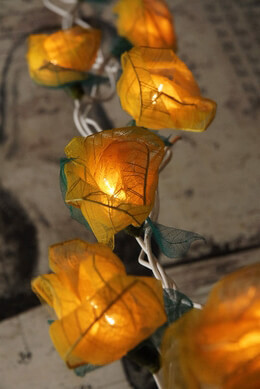 Rose String Lights with Bhodi Leaves | Yellow