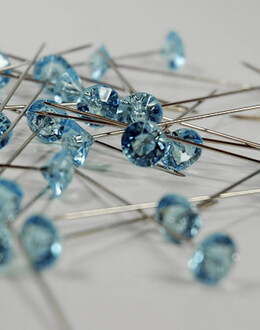 "Oasis Lomey Gems Diamante Corsage Pins 2"" Light Blue (pack of 100)"