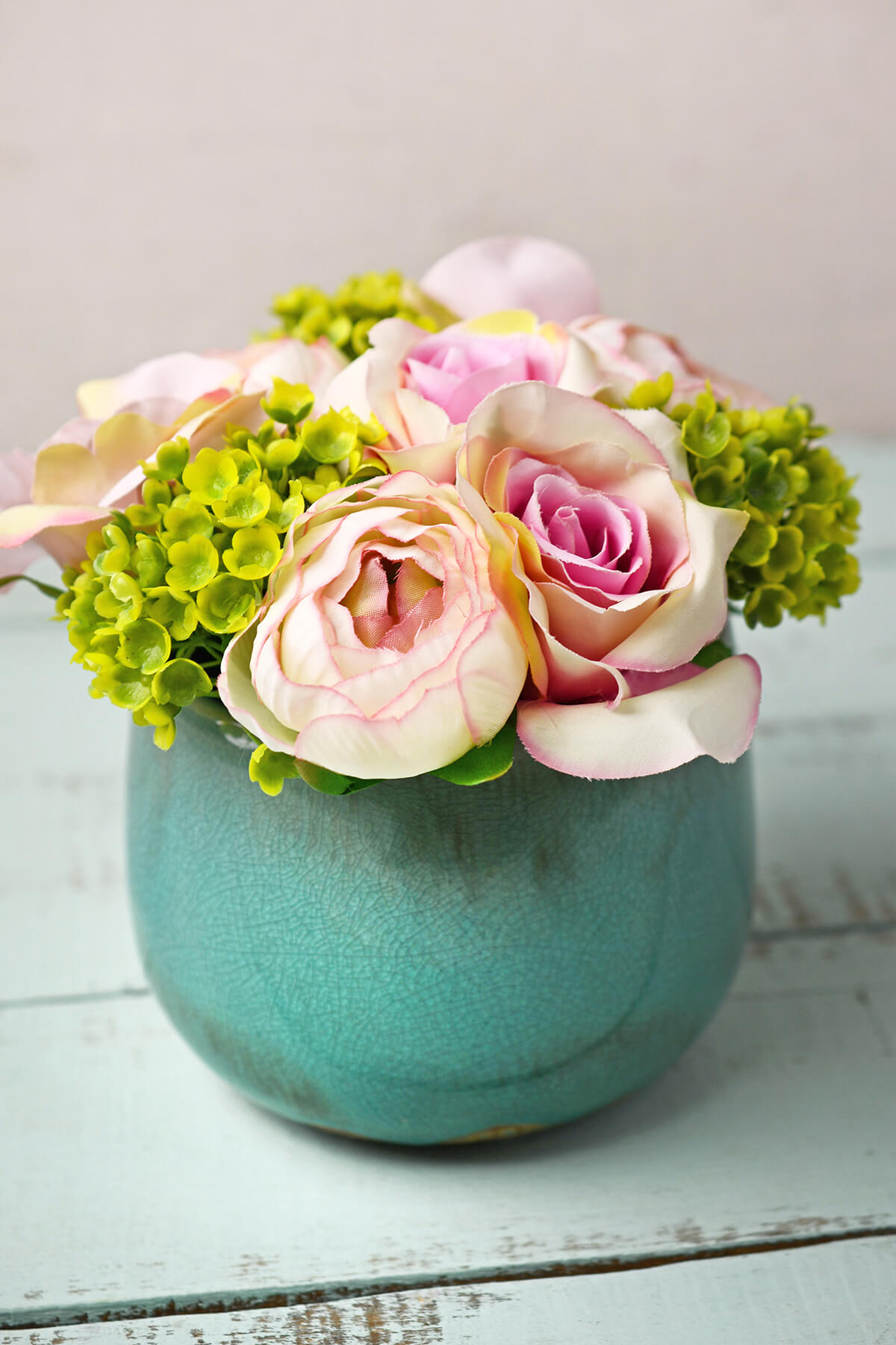 Pink & Green Rose & Hydrangea Flowers in Crackled Vase