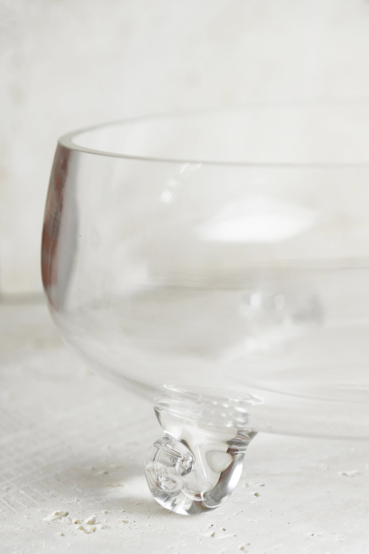 "Clear Glass 10"" Lily Bowl"
