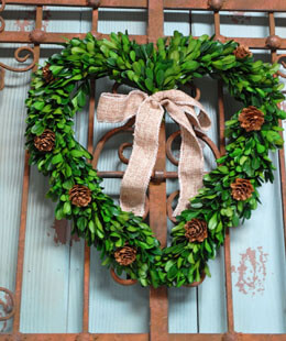 Boxwood Heart Wreath 12in