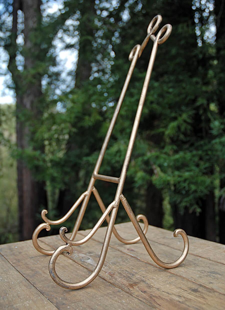 Bronzed Metal Easel 19in