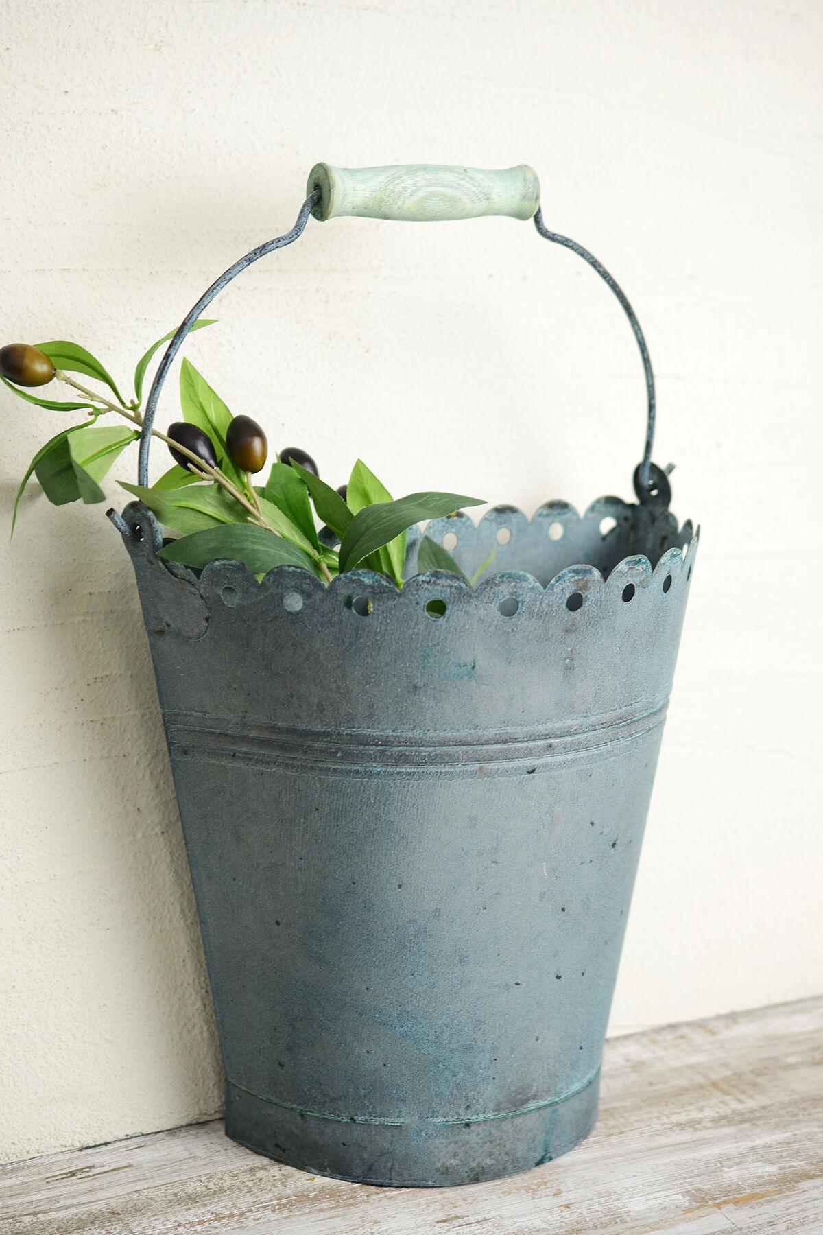 Aqua Verdigris 10in Scallop Half Bucket with Handle
