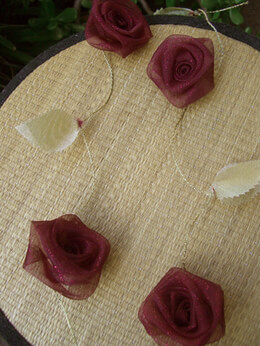 Burgundy Rolled Roses Ribbon Garland 9ft