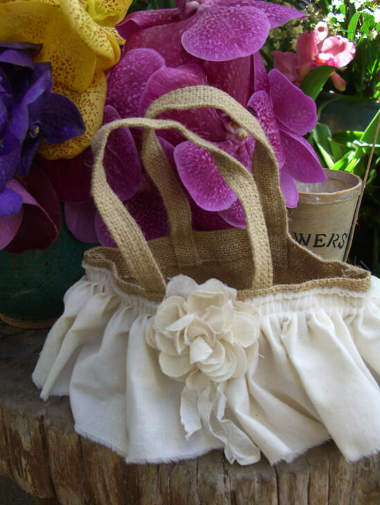 Flower Girl Baskets Burlap : Orchids flowers petals leis