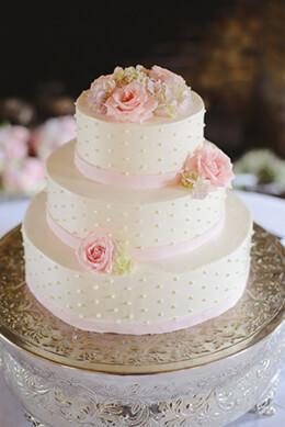 "Embossed Classic 22""  Wedding Cake Plateau"