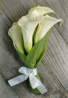 "10"" Calla Lily Wrapped Bouquet"