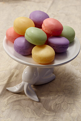Ceramic Bunny Dessert Stand 6.7