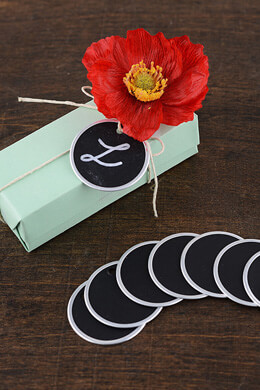 "10 Round 1-1/2"" Chalkboard Tags"