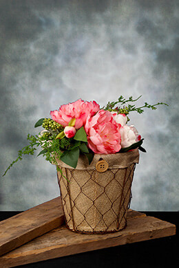 Chicken Wire Planter with Burlap 6.5in