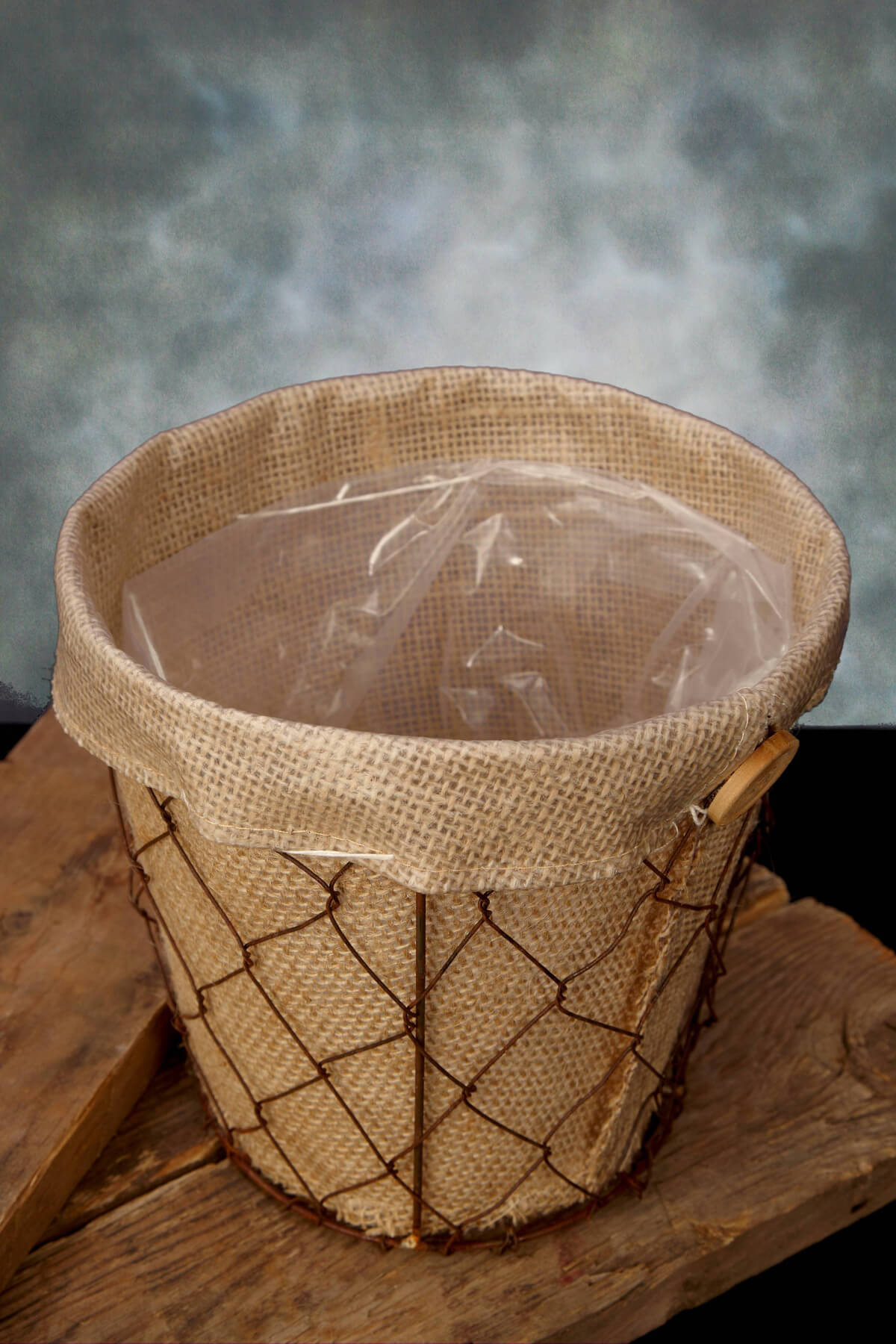 Chicken Wire & Burlap Flower Pot 6 5in