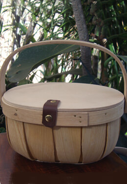 Chipwood Basket with Handle & Lid