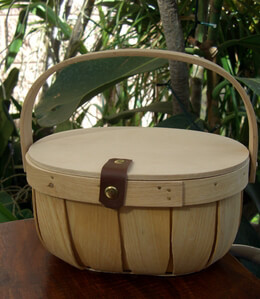 Chipwood Basket with Wood Lid
