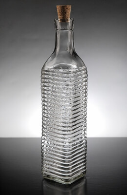 Ridged Glass Bottle with Cork 16.9 oz