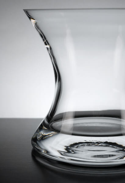 Clear Glass Mira Vase 6.5in