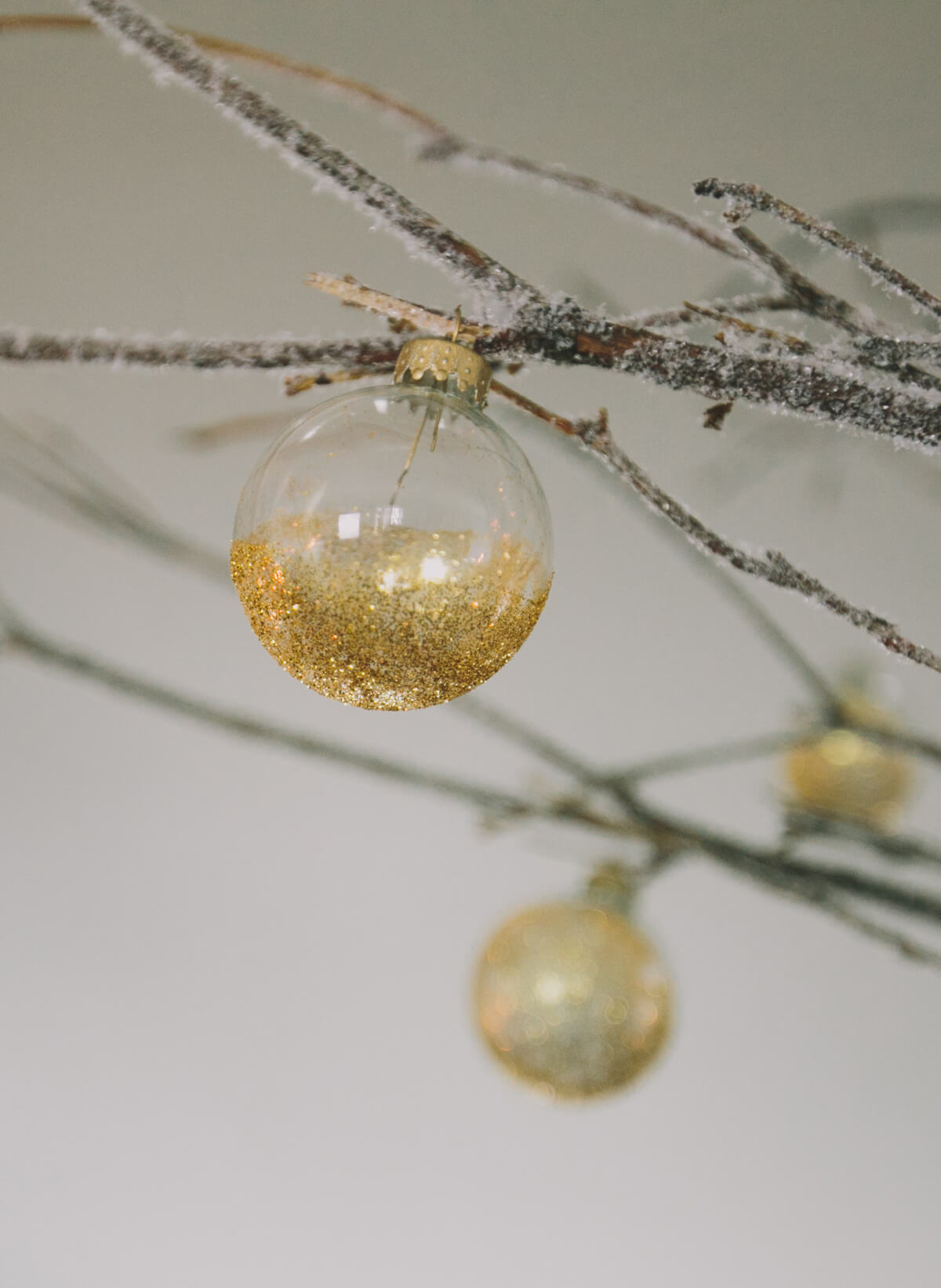 Clear Glass Christmas Ornament Balls with Silver Tops 50mm/2 inch size (10/box)