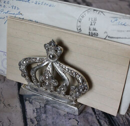 Crown Letter Holder