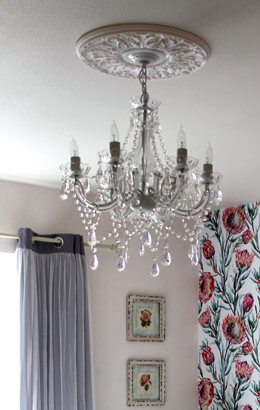 Crystal Chandelier White 23in