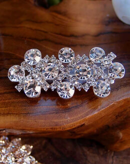 Crystal Brooch Diamond 2in