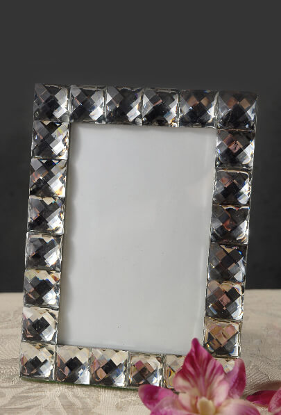 diamond trimmed 6x8 photo frame