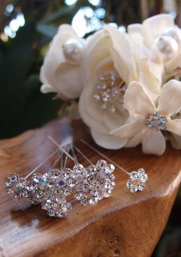 Rhinestone Bouquet Pins | Pack of 10