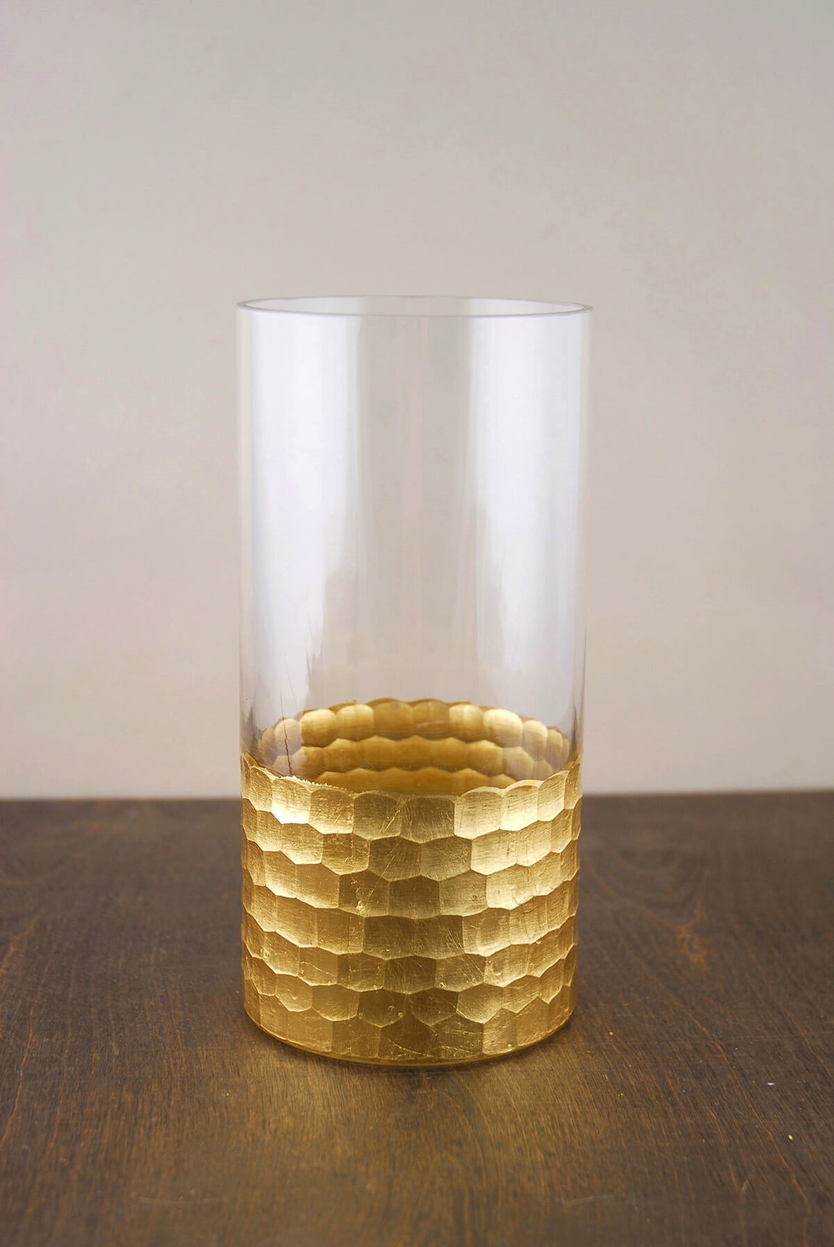 gold honeycomb cylinder vase 8 x 4. Black Bedroom Furniture Sets. Home Design Ideas